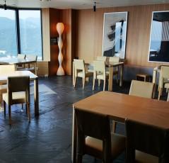 일식당 의자천갈이및 테이블상판교체